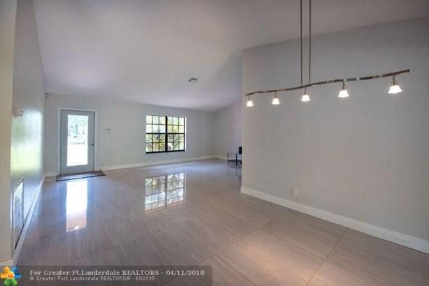 Seligman-durango Est, 5011 Sw 199th Ave, Southwest Ranches, FL - USA (photo 2)