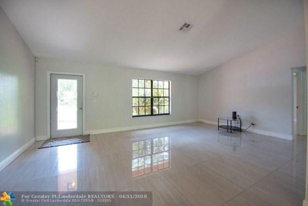 Seligman-durango Est, 5011 Sw 199th Ave, Southwest Ranches, FL - USA (photo 5)
