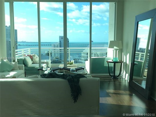 900  Brickell Key Blvd  , Miami, FL - USA (photo 1)