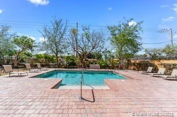 Keystone Villas Ii, 3530 Sw 22 St  , Miami, FL - USA (photo 4)