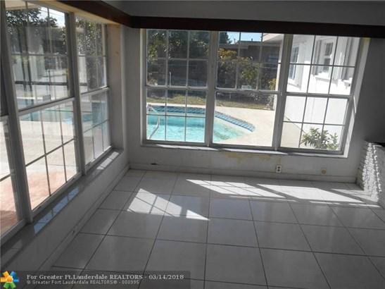 Melrose Park, 568 W Evanston Cir, Fort Lauderdale, FL - USA (photo 4)
