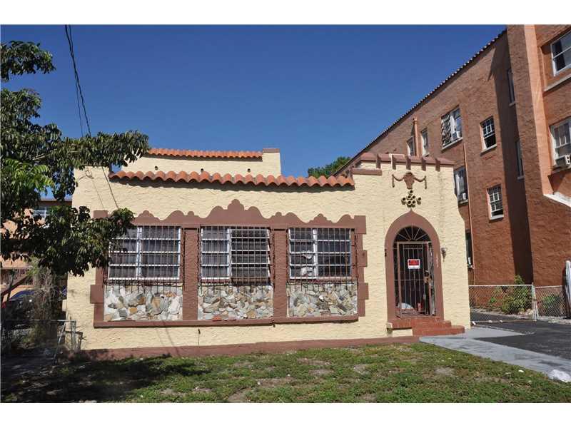 1551 Nw 1 St  , Miami, FL - USA (photo 2)