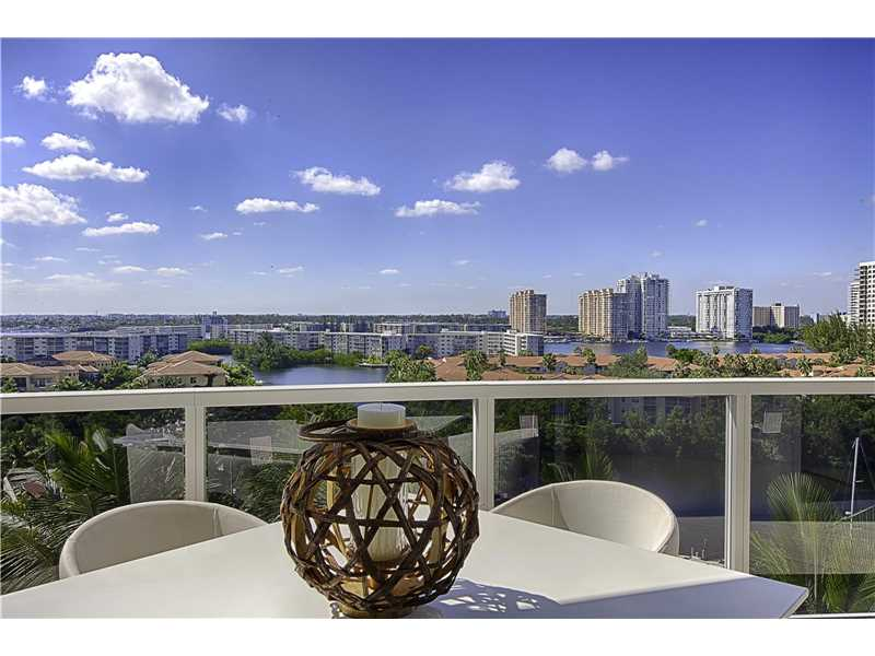 4100 Island Blvd # 2203, Aventura, FL - USA (photo 2)