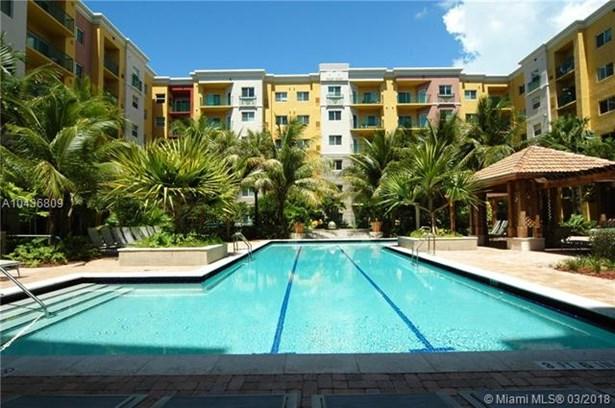 6001 Sw 70 St  , South Miami, FL - USA (photo 4)
