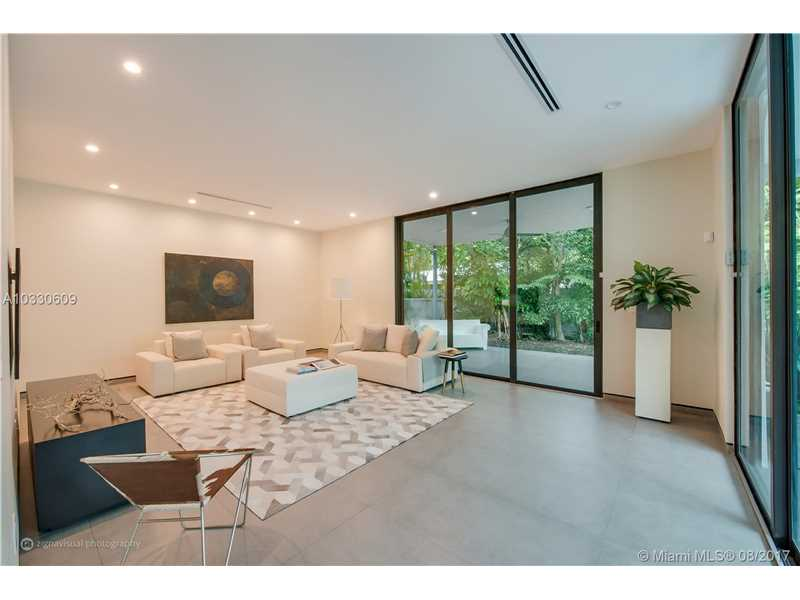 3985 Loquat Ave, Coconut Grove, FL - USA (photo 5)