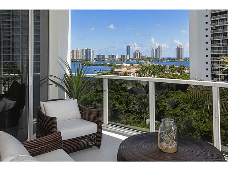 4100 Island Blvd # 1904, Aventura, FL - USA (photo 2)