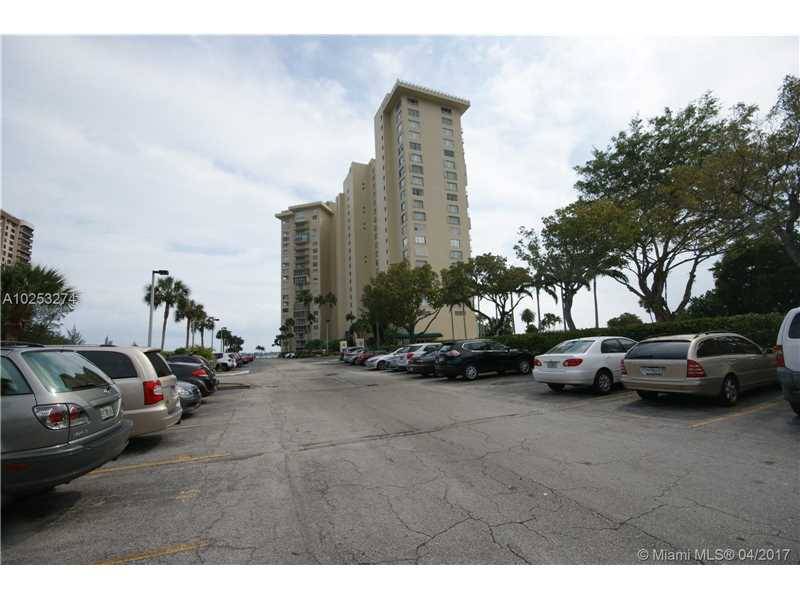11111 Biscayne Blvd # 10g, Miami, FL - USA (photo 3)