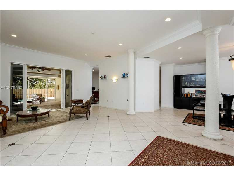 6410 Dolphin Dr, Coral Gables, FL - USA (photo 5)