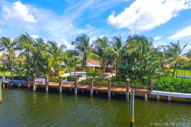 Golden Isles, 413  Holiday Drive  , Hallandale, FL - USA (photo 2)