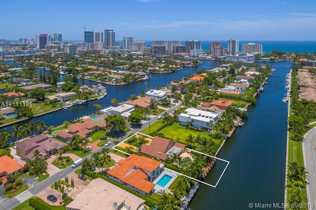 Golden Isles, 413  Holiday Drive  , Hallandale, FL - USA (photo 3)
