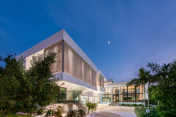 820  Lakeview Dr  , Miami Beach, FL - USA (photo 2)
