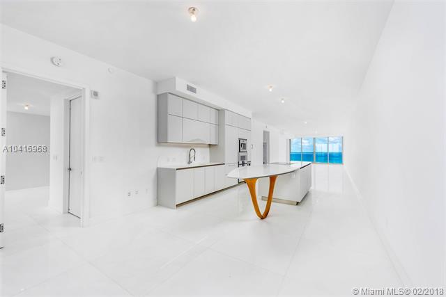 16901  Collins Ave  , Sunny Isles Beach, FL - USA (photo 5)