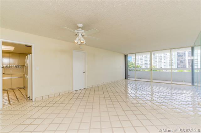 1627  Brickell Ave  , Miami, FL - USA (photo 5)