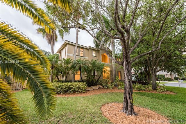 8482 Sw 137th St  , Palmetto Bay, FL - USA (photo 1)