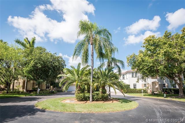 8482 Sw 137th St  , Palmetto Bay, FL - USA (photo 3)