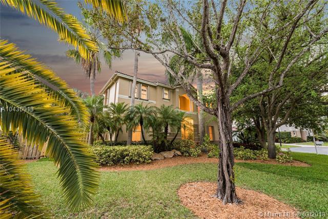 8482 Sw 137th St  , Palmetto Bay, FL - USA (photo 4)