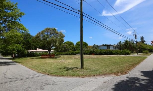 5275 Ne 5th Ave, Miami, FL - USA (photo 5)