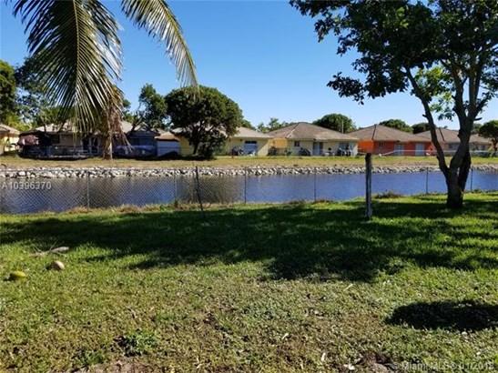 20451 Nw 20th Ave  , Miami Gardens, FL - USA (photo 3)