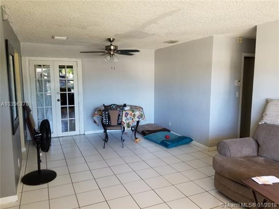 20451 Nw 20th Ave  , Miami Gardens, FL - USA (photo 5)