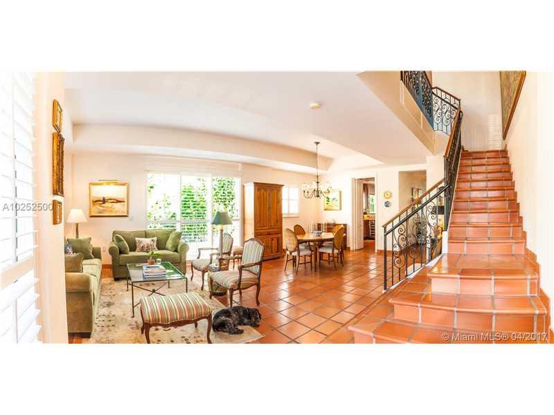 50 Alhambra Cir # 101, Coral Gables, FL - USA (photo 1)
