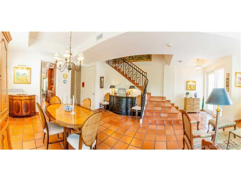 50 Alhambra Cir # 101, Coral Gables, FL - USA (photo 2)