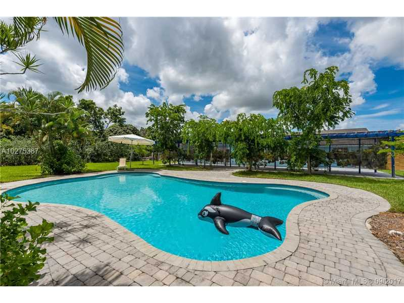 22421 Sw 184 Av, Miami, FL - USA (photo 1)