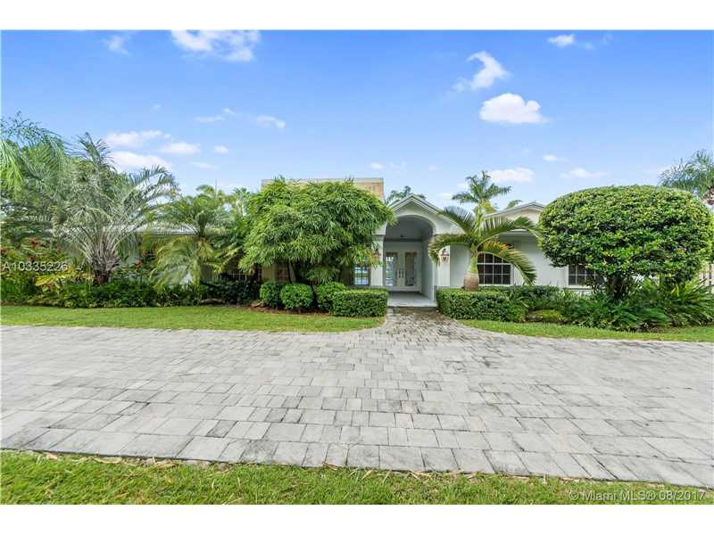 13901 Sw 97 Ave, Miami, FL - USA (photo 1)