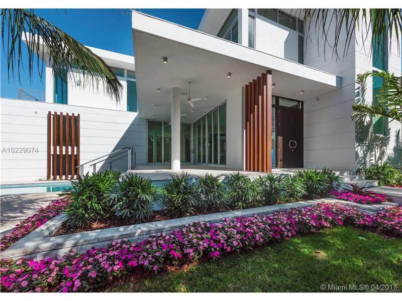 235  Ridgewood Rd  , Key Biscayne, FL - USA (photo 1)