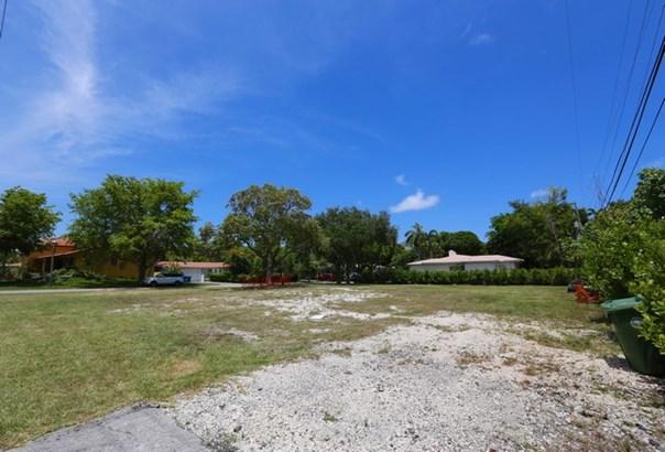5275 Ne 5th Ave  , Miami, FL - USA (photo 5)