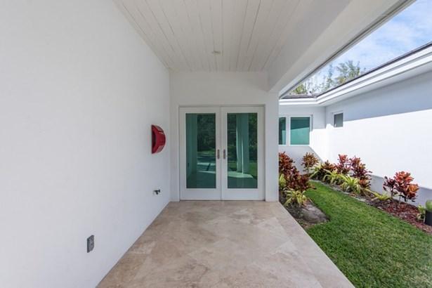 131  Shore Dr W  , Coconut Grove, FL - USA (photo 3)