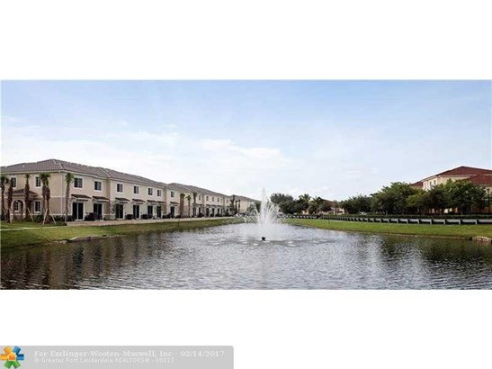 2574 Sw 81 Terrace, Miramar, FL - USA (photo 2)