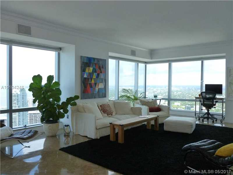 1425  Brickell Ave  , Miami, FL - USA (photo 2)