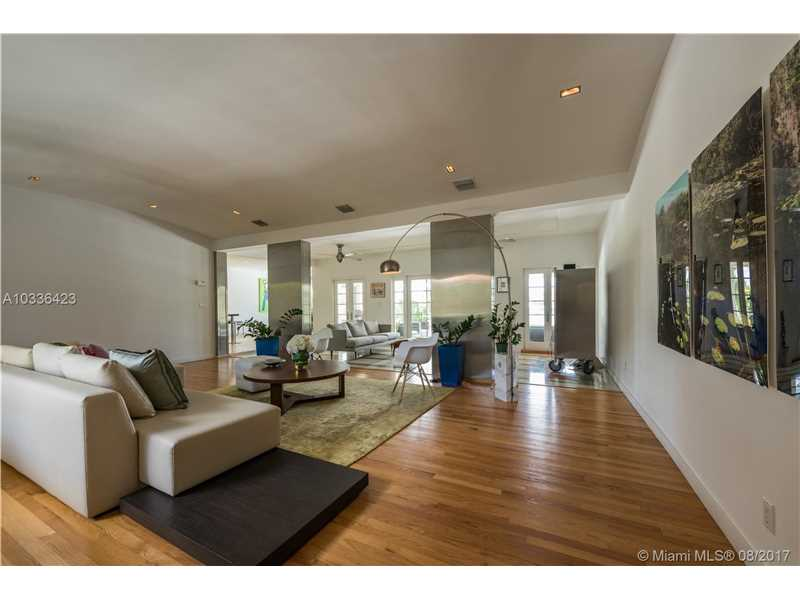 525 W 47th St, Miami Beach, FL - USA (photo 4)