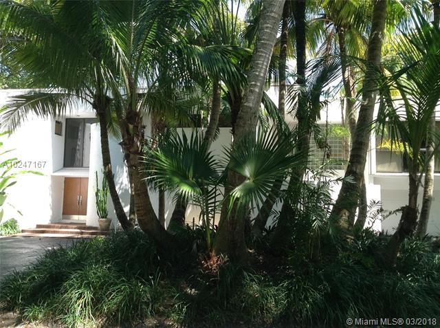 3765  Solana Rd  , Miami, FL - USA (photo 2)