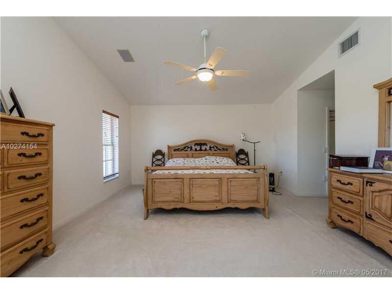 10490 Nw 48 St  , Doral, FL - USA (photo 4)