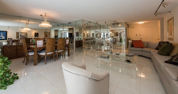 9801  Collins Ave  , Bal Harbour, FL - USA (photo 1)