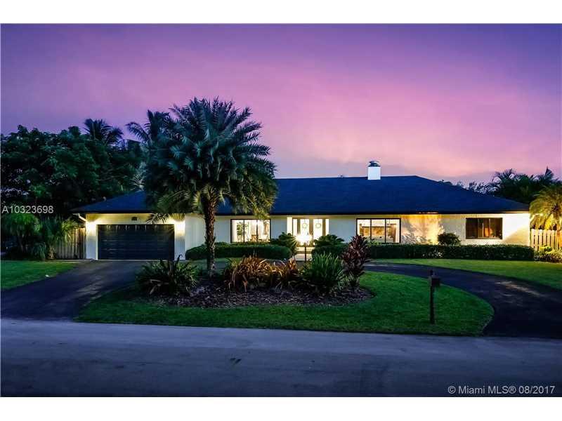 7520 Sw 171st St, Palmetto Bay, FL - USA (photo 2)