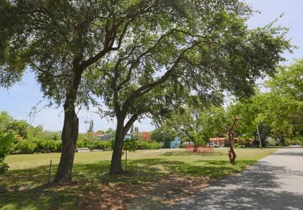 5275 Ne 5th Ave, Miami, FL - USA (photo 3)