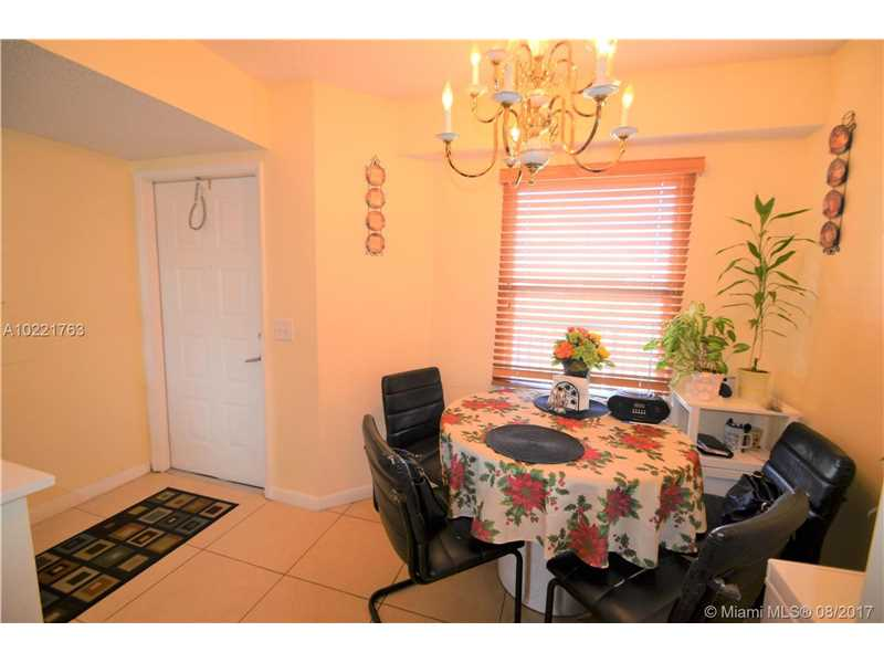 650 Sw 138th Ave # J409, Pembroke Pines, FL - USA (photo 4)
