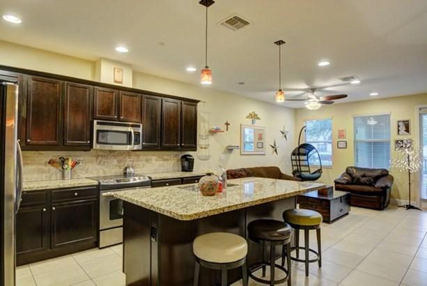 Kitchen & Living Area (photo 3)