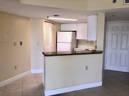 2351 Douglas Rd # 1208, Miami, FL - USA (photo 5)