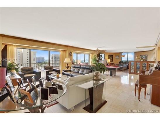 1800 Ne 114th St  , Miami, FL - USA (photo 2)