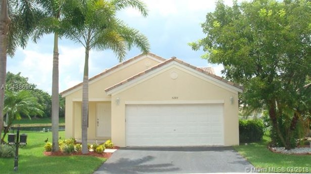 4284  Ironwood Ct  , Weston, FL - USA (photo 1)