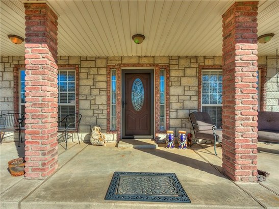 Traditional, Single Family - Norman, OK (photo 3)