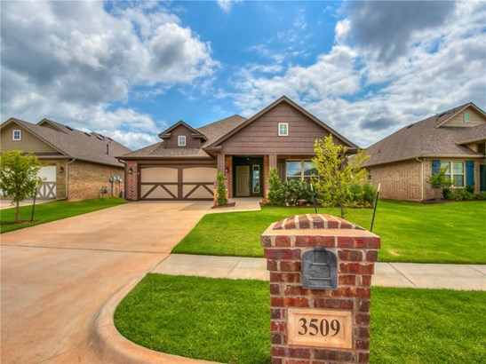 Bungalow,Traditional, Single Family - Norman, OK (photo 2)