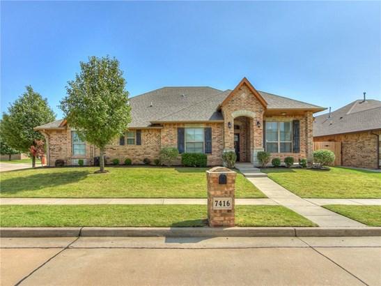 Dallas,Traditional, Single Family - Oklahoma City, OK