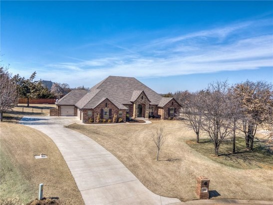 Traditional, Single Family - Jones, OK