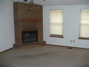 Half Duplex - Moore, OK (photo 2)