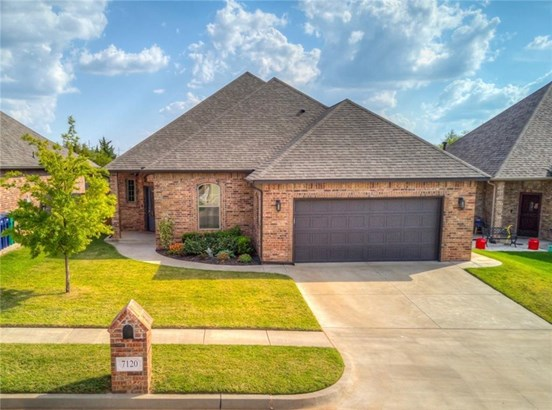Traditional, Single Family - Edmond, OK