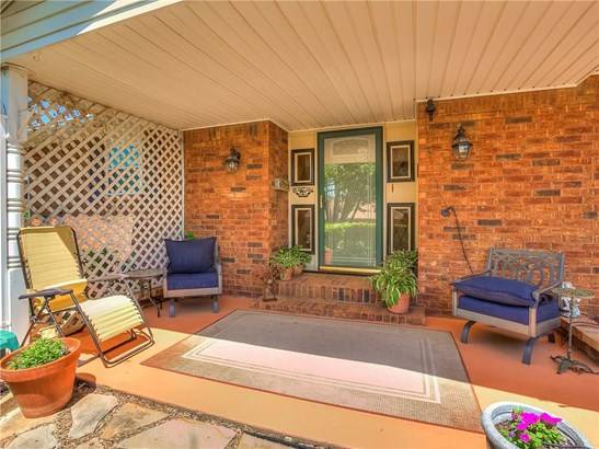 Traditional, Single Family - Guthrie, OK (photo 3)